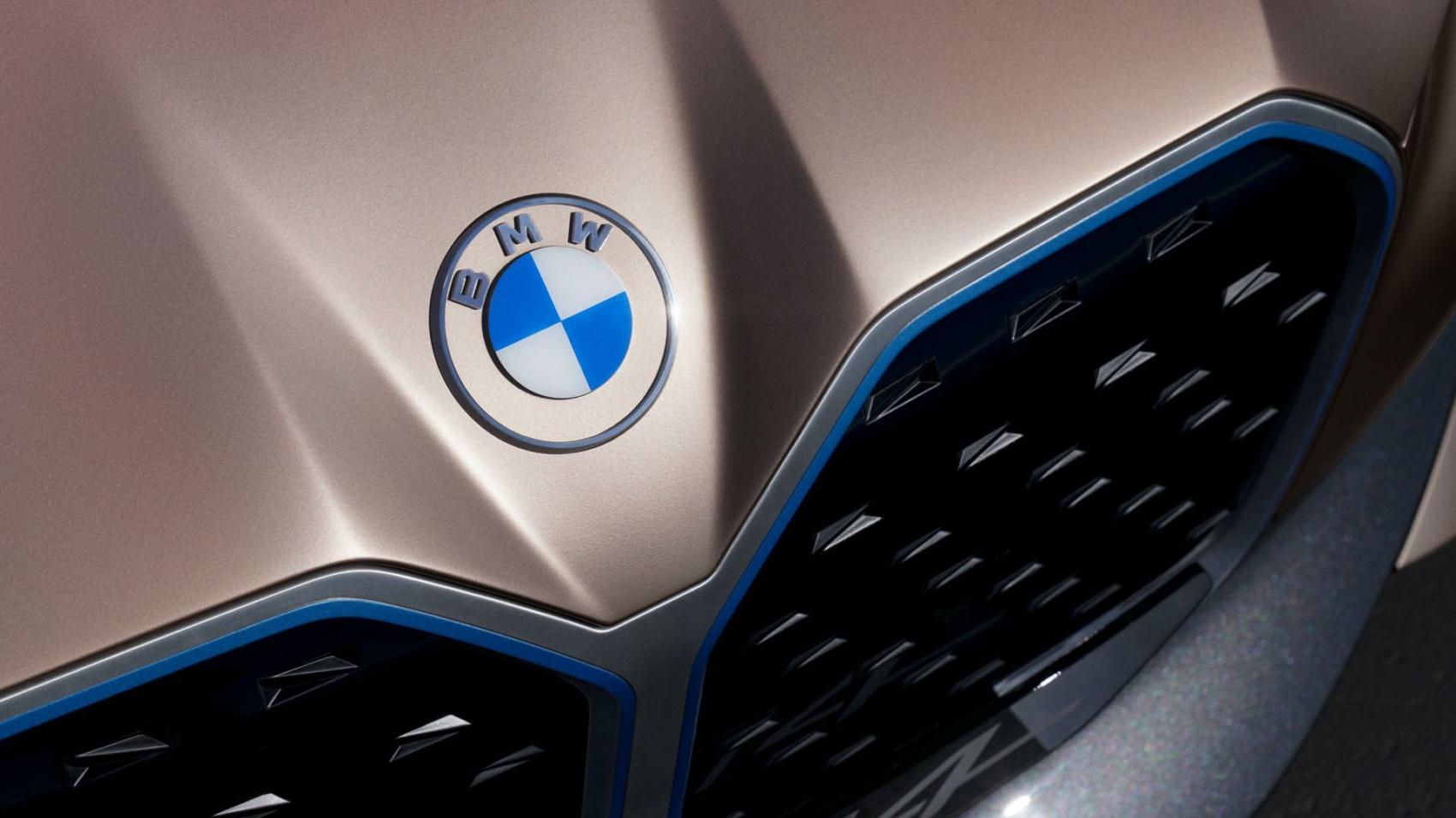BMW-Concept-i4-images-11