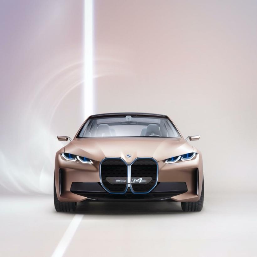BMW-Concept-i4-images-studio-00