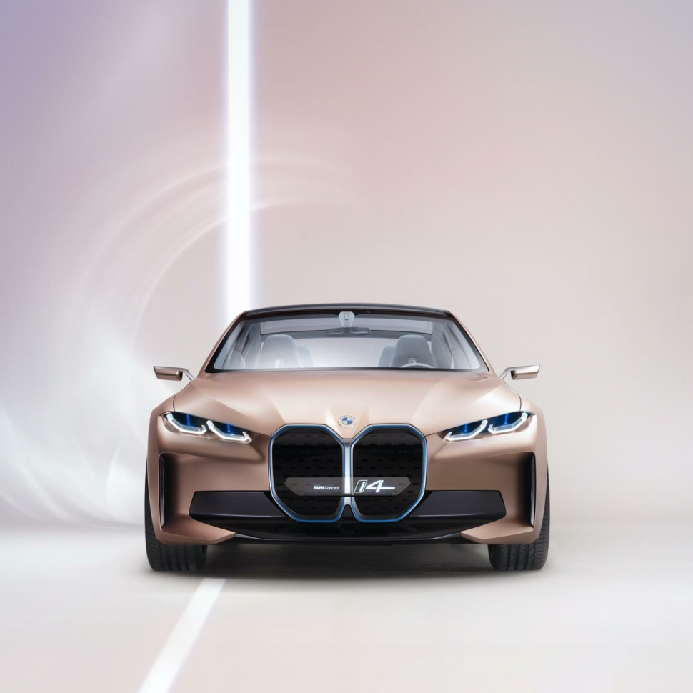 BMW-Concept-i4-images-studio-00