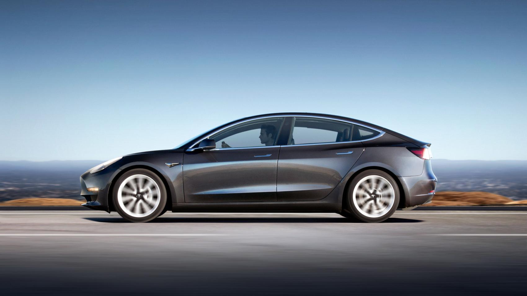 Tesla-Model-test-drive-evglobe
