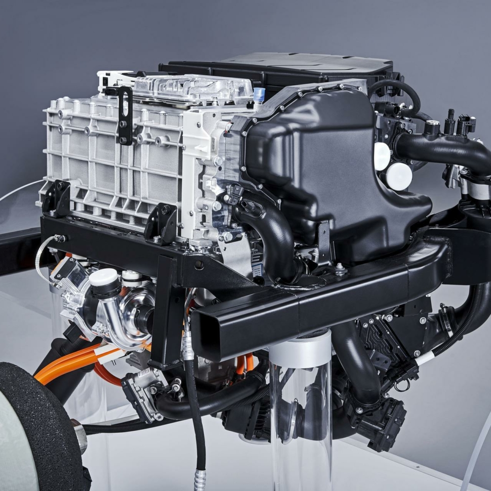 powertrain for the BMW i Hydrogen NEXT-03