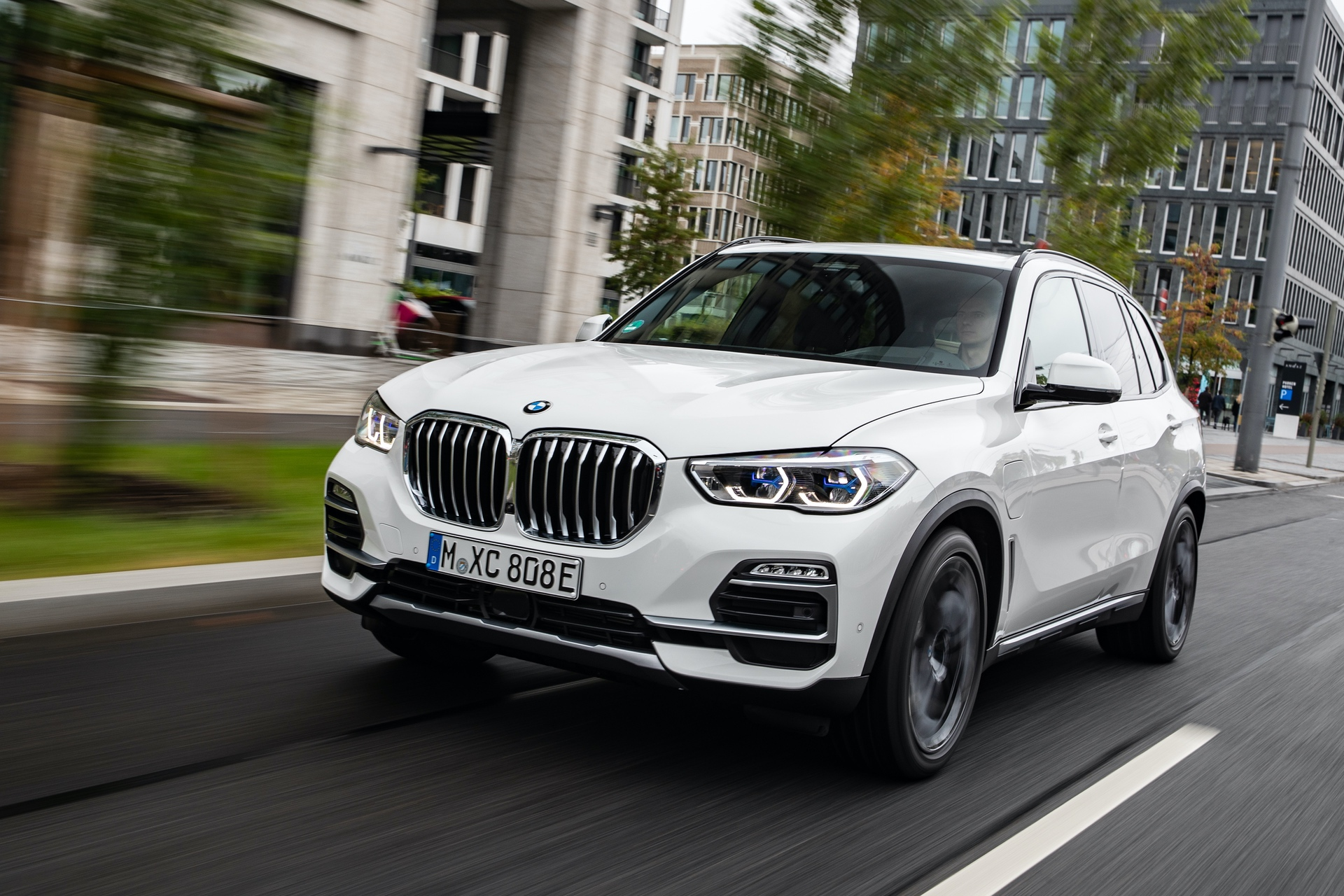 Bmw X5 Xdrive45e Model Arrives This Summer For 65 400