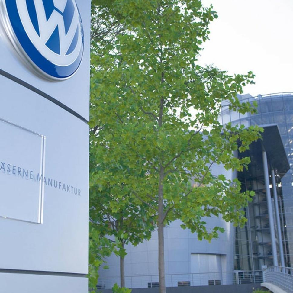 30/12/2011 Volkswagen, Sede De Wolfsburg (Alemania).  El grupo automovilÌstico alem·n Volkswagen invertir· 170 millones de euros, junto con su socio SAIC, en construir la que ser· su dÈcimo primera f·brica en China, al tiempo que ha renovado la 'joint venture' que mantiene con su otro socio chino, FAW, por un perÌodo de 25 aÒos.  ESPA—A ECONOMIA EUROPA VOLKSWAGEN