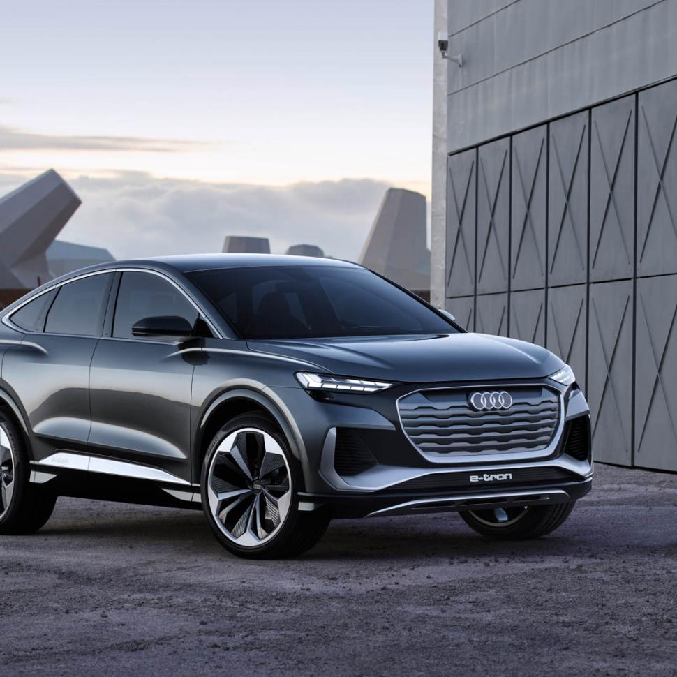 Audi-Q4-Sportback-e-tron-1