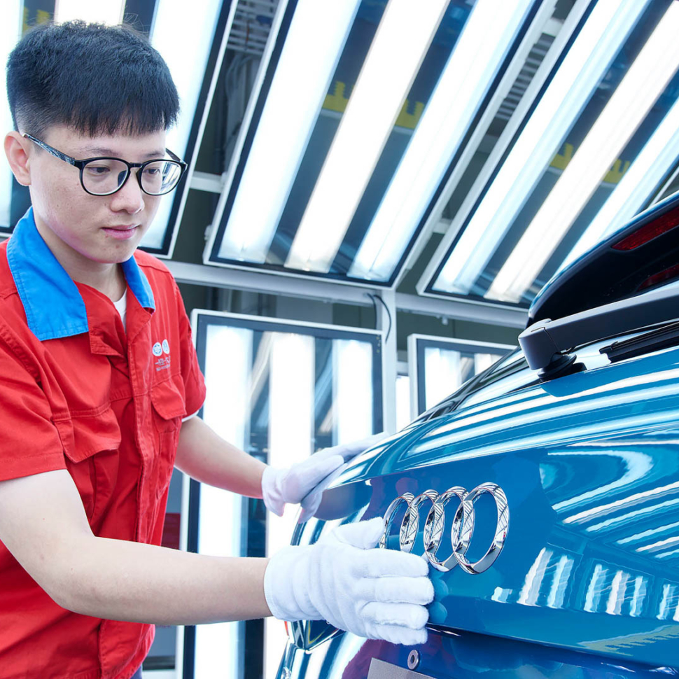 Audi-FAW-e-tron-China-EV-1