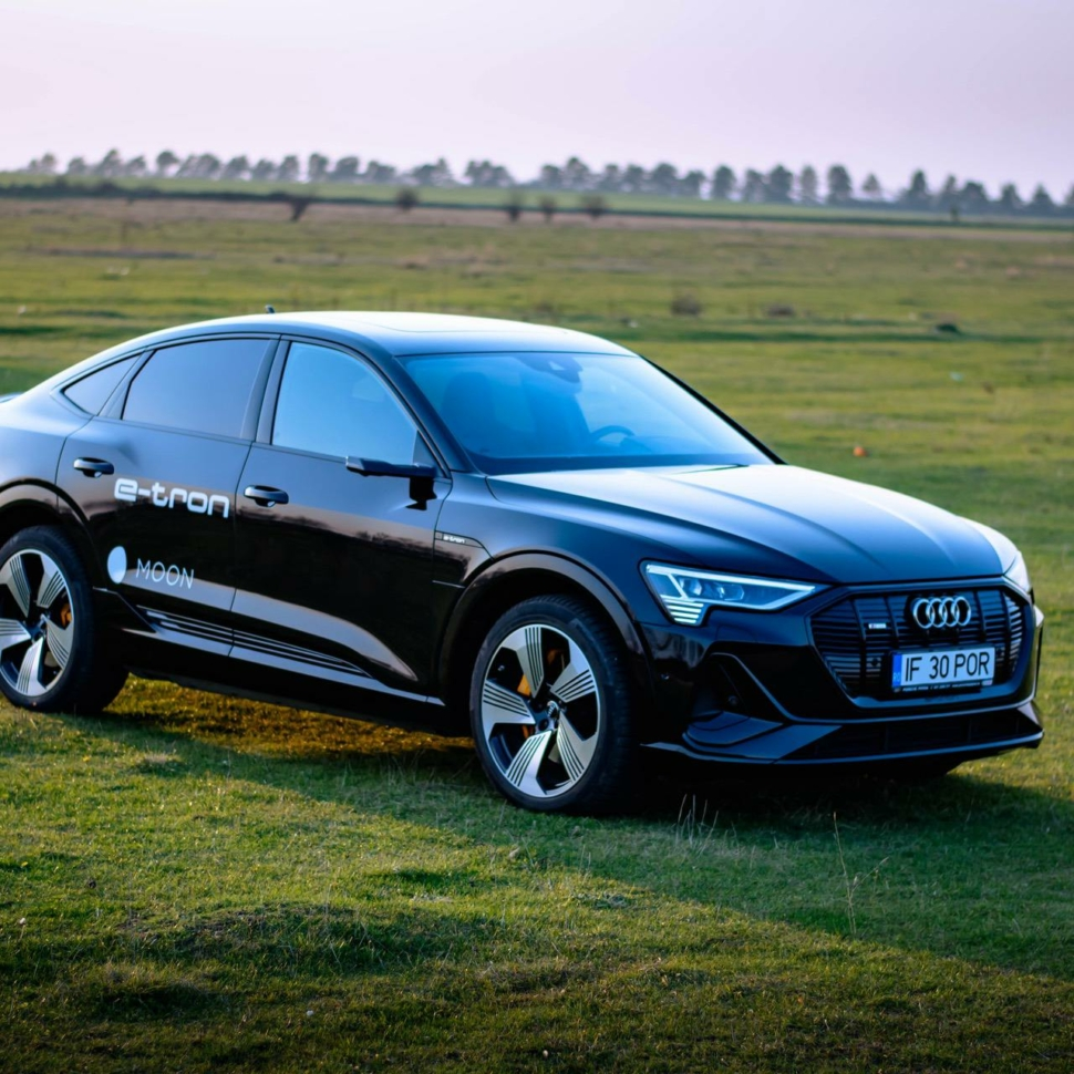 2021-audi-e-tron-sportback-test-drive-48