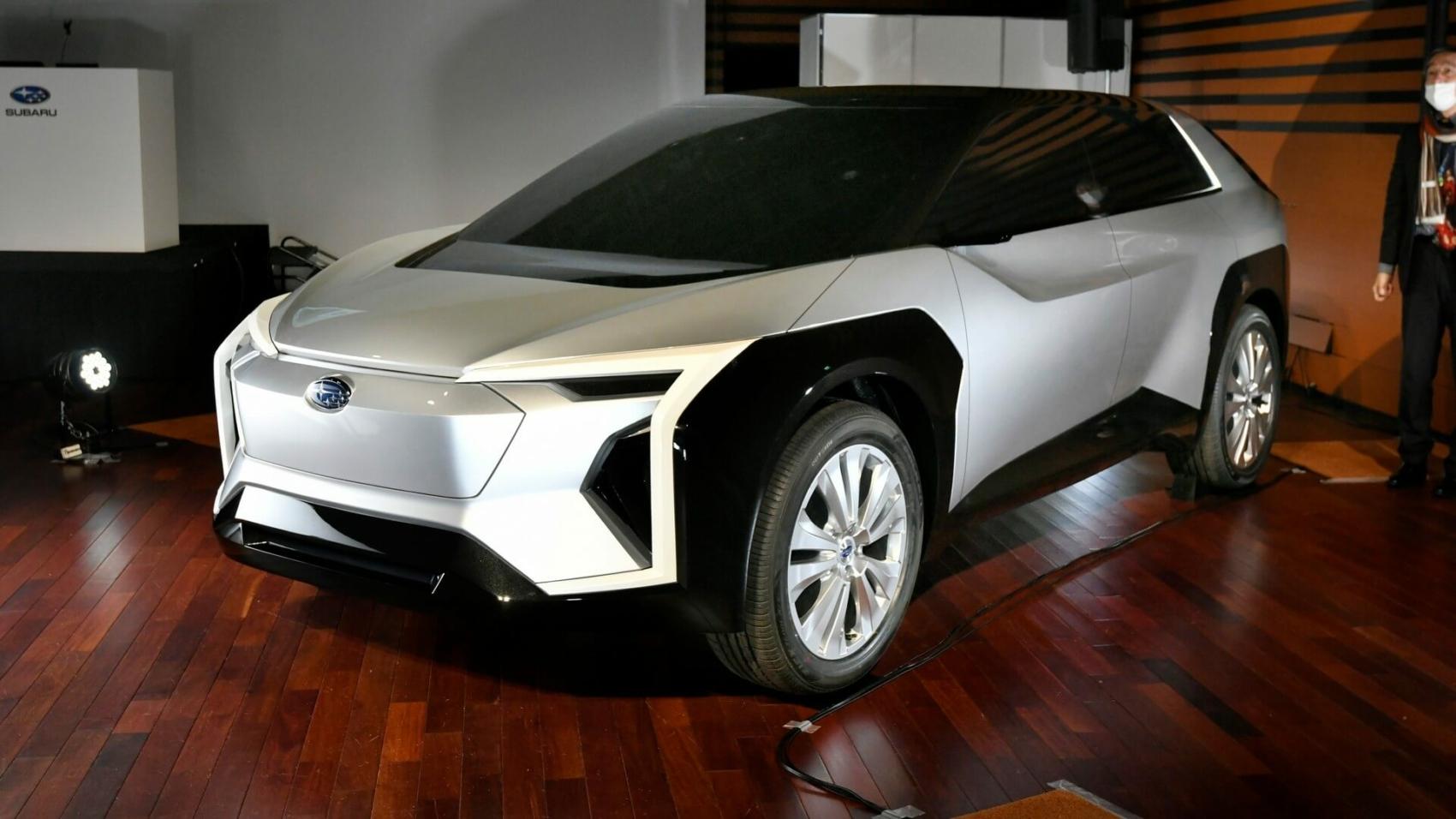 Subaru electric SUV concept