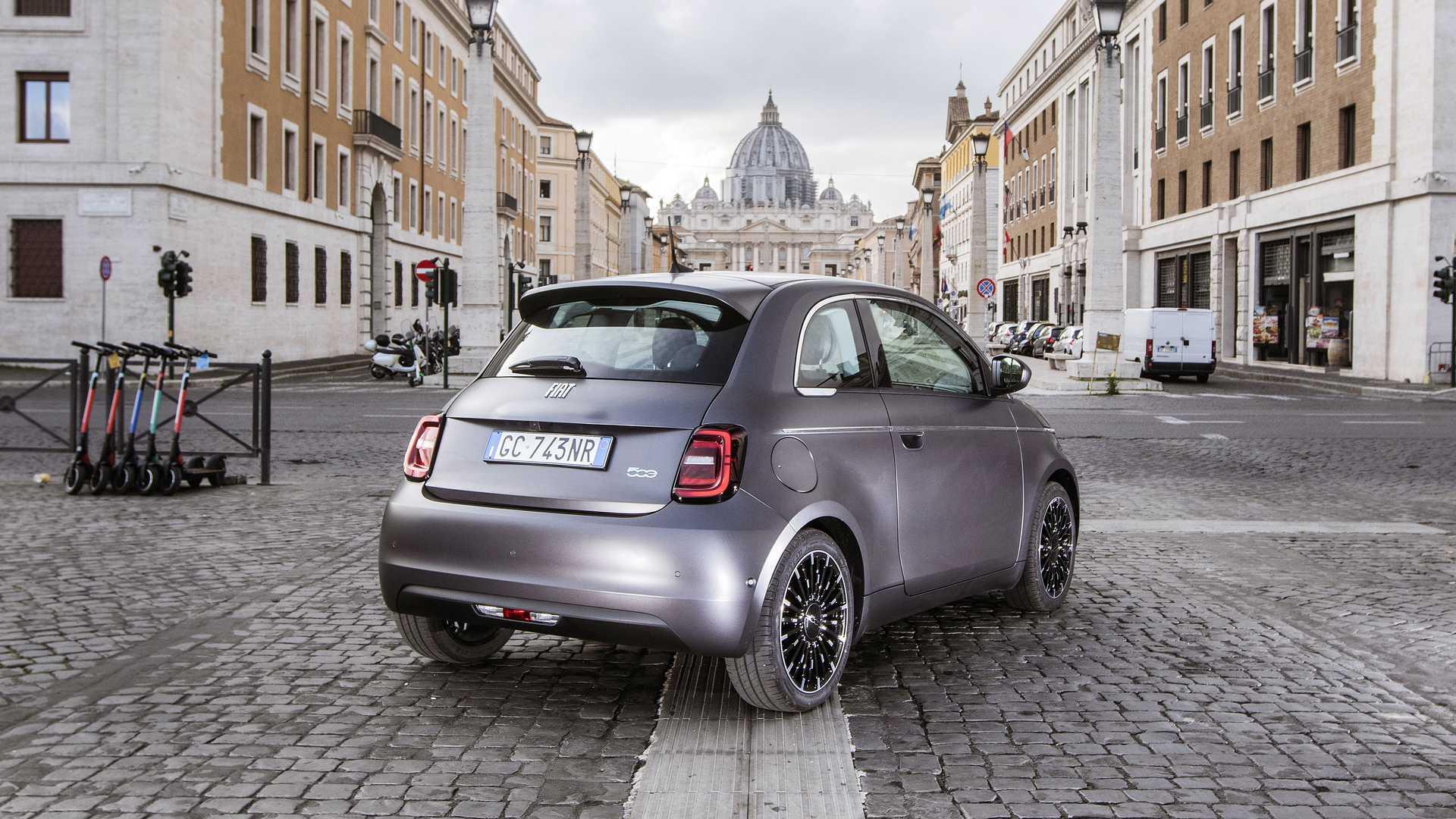 Fiat 500 - rear 3/4