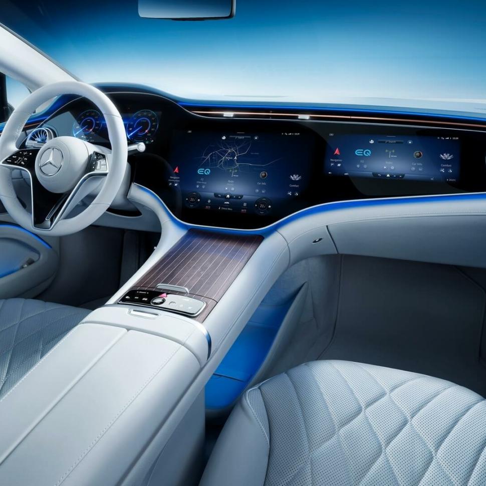 2022 Mercedes EQS interior