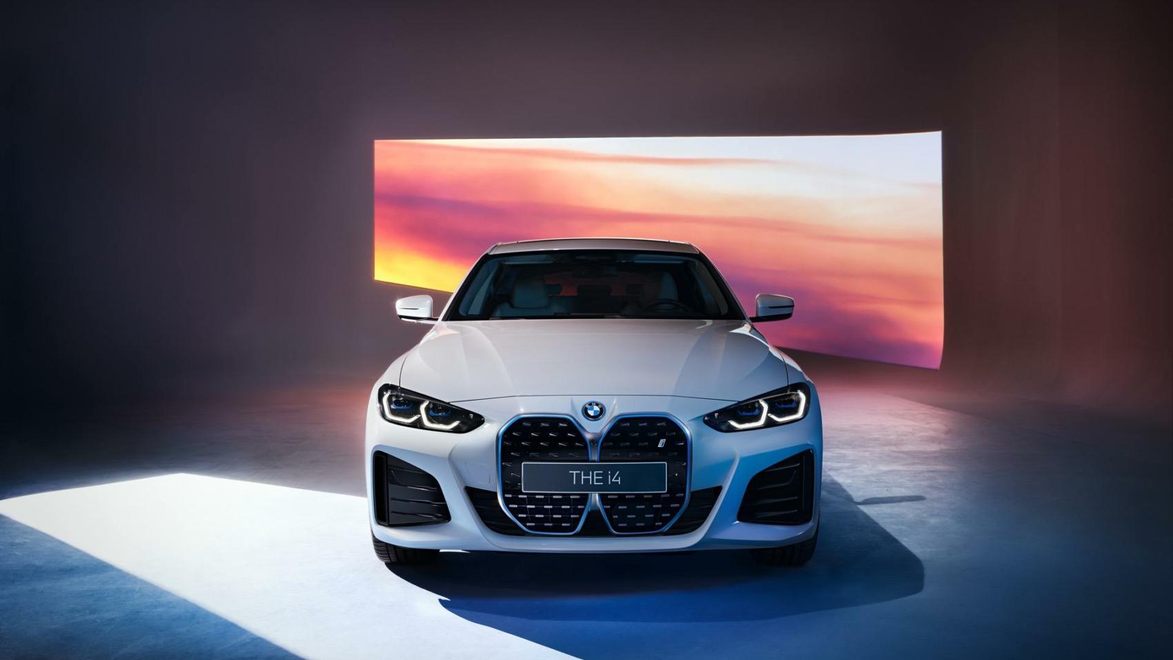 2021-BMW-i4-M-Sport-Package_00