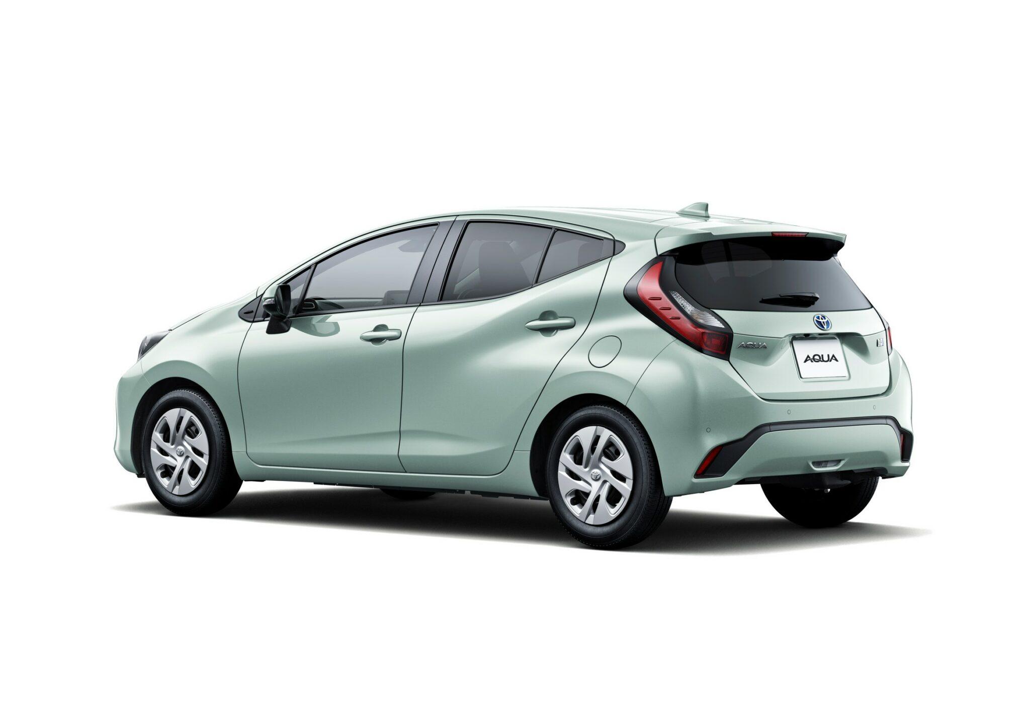 2022-Toyota-Aqua-47-2048x1448.jpg