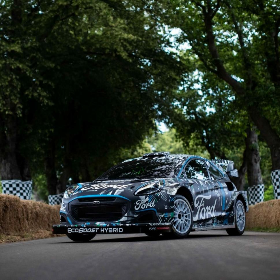 Ford Puma hybrid rally car